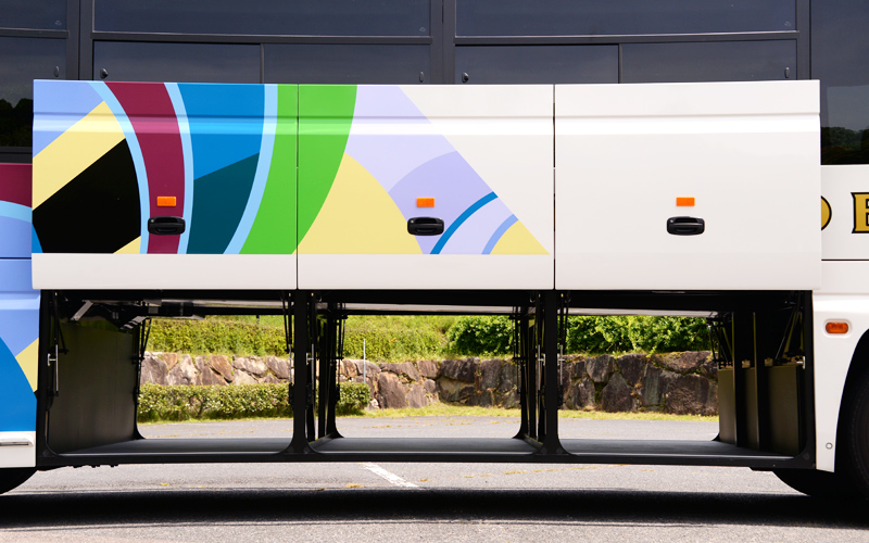 観光バス 大型バス 平和コーポレーション株式会社